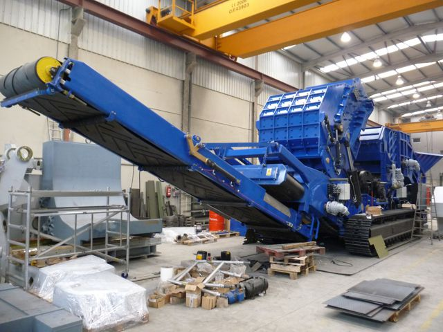 ZB Thor mobile shredder being manufactured