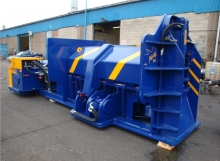 Manta 54 metal baler for baling scrap metal