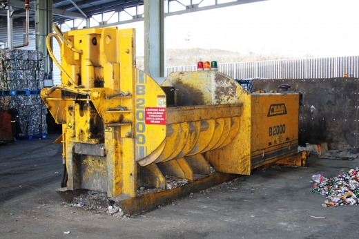 Colmar B2000 Metal Baler