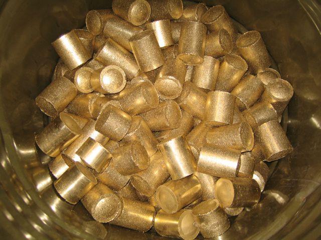 Brass briquettes from brass swarf