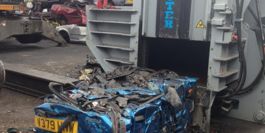 Roter car baler for scrap and car baling