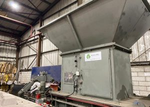 Automatic can baler